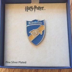 Harry Potter pin. NWT
